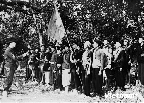 Những thành viên đầu tiên của Đội Việt Nam tuyên truyền giải phóng quân - ảnh 1