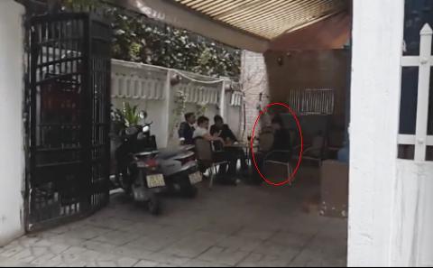 Nhân viên nhà hàng Queen Bee hành hung, giam lỏng phóng viên VTC News