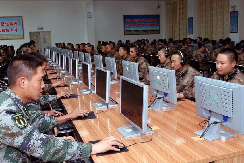 Chính phủ Trung Quốc đã bắt đầu mở rộng việc quản lý mạng Internet và thậm chí hệ thống hóa các chính sách đó vào bộ luật quốc gia.