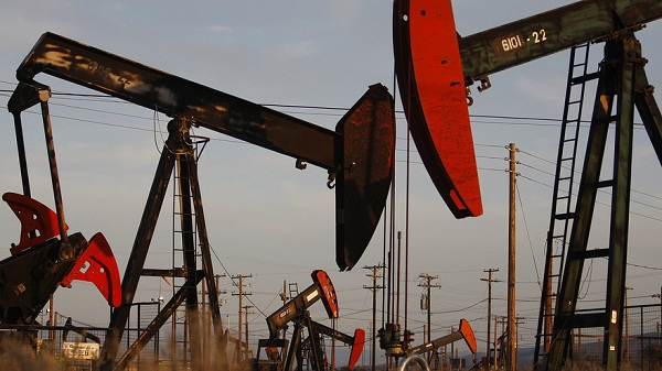 Cái gật đầu của Iran đẩy dầu tăng 1,5%