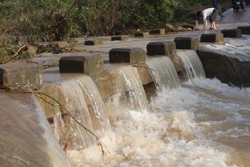 Hậu cơn bão số 4: Nghệ An có 5 người chết, thiệt hại hơn 730 tỷ đồng