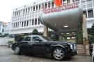 """""""Chúa đảo"""" tặng xe Rolls Royce 39 tỷ ủng hộ đồng bào vùng lũ"""