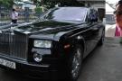 Xe Rolls Royce chúa đảo ủng hộ người dân vùng lũ đã được bán