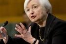 Lạm phát thấp, FED thận trọng nâng lãi suất đồng USD