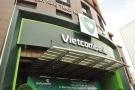 Vietcombank nửa đầu năm: Lợi nhuận tăng 38%, nợ xấu giảm nhẹ