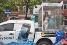 """Vụ Thế giới di động 'nhốt"""" người mẫu vào lồng kính diễu phố: Tài xế bị phạt tiền, tước bằng lái"""