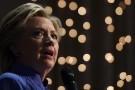 """Clinton mất điểm khi FBI """"xới"""" lại vụ email"""
