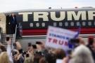 """Donald Trump chê đắt, Boeing cam kết sẽ giảm giá """"Không lực Một"""""""