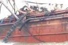 Vụ tàu đổ bùn thải ra biển: Thông số phân tích mẫu nước vượt ngưỡng