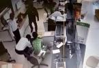 Kẻ bịt mặt dùng súng cướp ngân hàng tại Trà Vinh