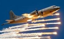 Hai chiến cơ Trung Quốc áp sát máy bay Mỹ trên Biển Đông