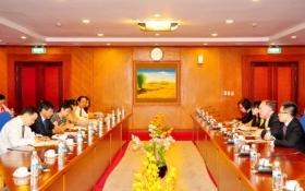 Bộ Tài chính và Ngân hàng HSBC trao đổi kinh nghiệm về thị trường vốn quốc tế