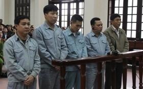 """180 tháng tù giam cho Thanh tra giao thông làm lệch hồ sơ """"bỏ túi"""" 1,3 tỷ"""