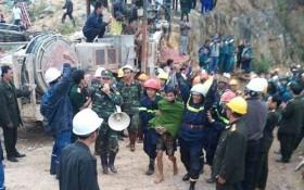 Sập hầm thủy điện: 12 công nhân được cứu sống