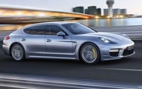 Xe sang Porsche tăng giá hơn 2 tỷ đồng