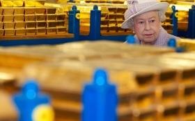 Trung Quốc mua hầm vàng 90 tỉ USD của Anh