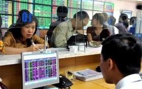Cổ phiếu ngân hàng nguy cơ mất điểm bởi 'cuộc chiến' cổ tức