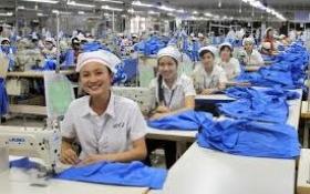 Ngành dệt may: Thu nhập trên 6 triệu đồng/tháng