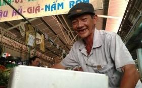 Người đàn ông quét rác bỗng đổi đời thành tỷ phú