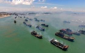 Hạm đội tàu cá hủy diệt Biển Đông của Trung Quốc