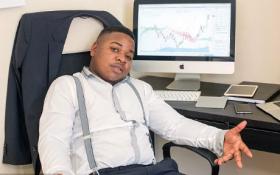Cậu bé 19 tuổi từ nhân viên phục vụ thành triệu phú đô la