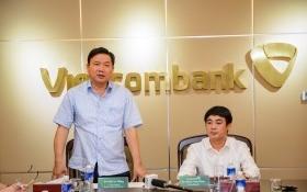 Bí thư Đinh La Thăng thăm và làm việc với các chi nhánh Vietcombank