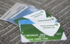 Vụ VNA bị hack: Vietcombank đề phòng, thay thẻ miễn phí cho khách hàng