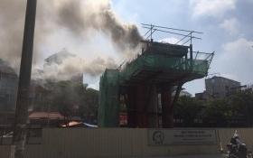 Cháy trụ đường sắt đô thị Nhổn - Ga Hà Nội