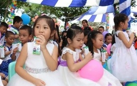 Vinamilk tiên phong đi đầu trong chương trình Sữa học đường vì một Việt Nam vươn cao