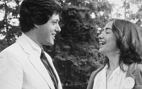 Quyết định đoàn tụ với bạn trai thay đổi cuộc đời Hillary Clinton như thế nào?