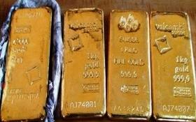 Hàn Quốc bắt nữ tiếp viên hàng không người Việt buôn lậu vàng