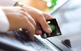 Thẻ tín dụng – công cụ quản lý tài chính của người tiêu dùng trẻ