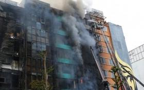 Cách chức hai cán bộ sau vụ cháy quán karaoke
