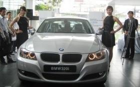 Ngừng thông quan xe BMW - Bộ Tài chính đúng hay sai?