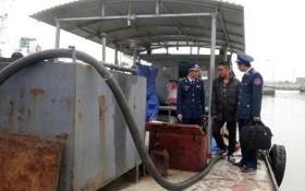 Thuyền trưởng không bằng lái chở 35.000 lít dầu không nguồn gốc