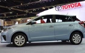 Giá xe Toyota, Lexus nhập khẩu đồng loạt giảm sâu tại Việt Nam