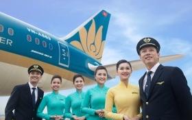 Chốt lời Vietnam Airlines: Techcombank vội vã, Vietcombank dửng dưng