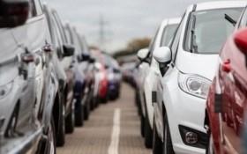 Giá 308 triệu, xe dưới 9 chỗ 'đốt cháy' thị trường