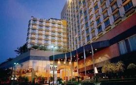 """Bên trong khách sạn siêu sang bị Phó Chủ tịch Hải """"cắt"""" bồn hoa, bậc thềm"""