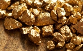 """Giá vàng hôm nay 27/03: Giá vàng trong nước """"rẻ"""" hơn bao giờ hết!"""