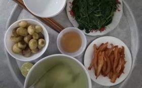 Sống ở Hà Nội, cặp vợ chồng trẻ 'mách nước' chỉ tốn 15k/bữa cơm