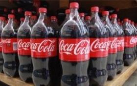 Coca-Cola mắc kẹt trong cái bóng mang tên 'Đồ uống có ga truyền thống'