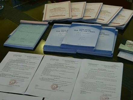 Công an triệt phá vụ mua bán hóa đơn GTGT: Có sự làm ngơ của cơ quan thuế?